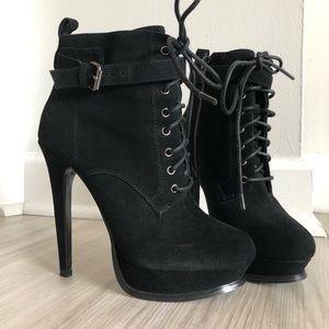 🖤 ALDO sexy black heel booties